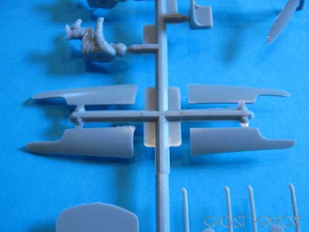 You are browsing images from the article: S.M. 79 - Airfix - 04007